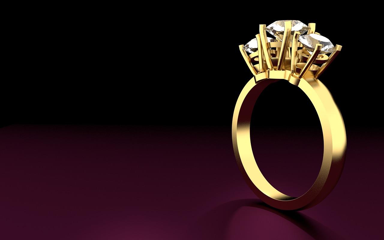 טבעת שלושה יהלומים