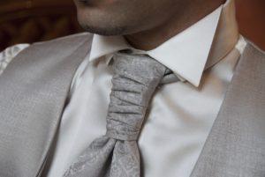 עניבה מעוצבת